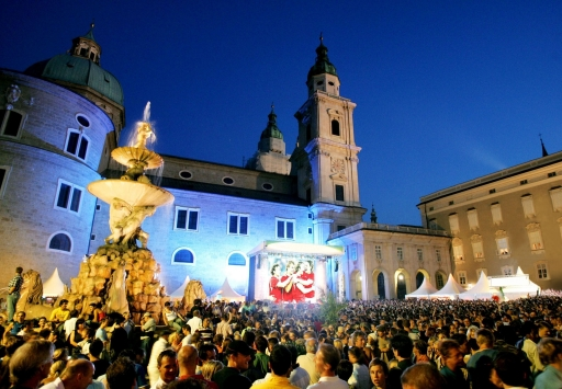 BILD zu TP - Public Viewing in der Salzburger Altstadt
