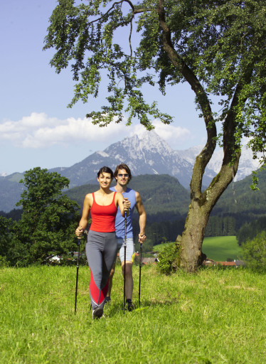 BILD zu TP - Das Ferienland Kufstein gilt als größtes Lauf- und Nordic Walking Gebiet Österreichs - Genuss pur auf 340 km.