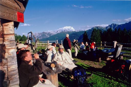 """Im Lesachtal will man mit dem """"Kärntner Wanderopening"""" auf eine der schönsten Wanderregionen im gesamten Alpenraum hinweisen. Das umfangreiche Rahmenprogramm rund ums Wandern, Klettern kann sich sehen lassen."""