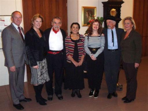 Dir. Helmut Weiss, GF Mag. Susanna Mayerhofer, Gottfried Kumpf, Fr. Naomi Brauer, Fr. Guni Kumpf, Prof. Arik Brauer, Dr. Leonore Lukeschitsch