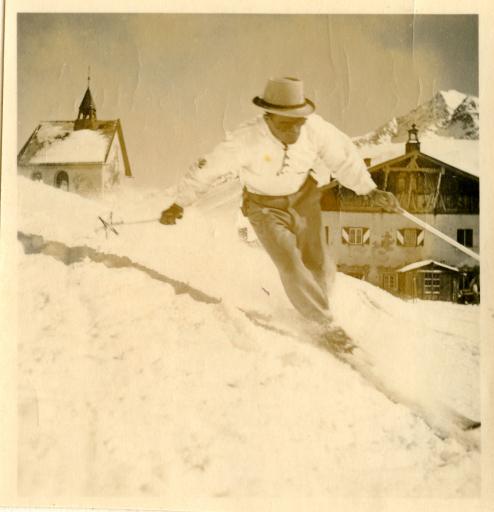 Die touristische Entwicklung hat Kühtai in den letzten 100 Jahren entscheidend geprägt. Aus einem kleinen Bergdorf auf 2.020 Metern wurde mit Österreichs höchstem Wintersportort ein sehr gefragtes und exklusives Urlaubsziel.
