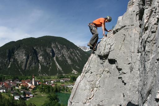 Die angebotenen Sportarten bei den Probier's mal Wochen sind sowohl für Anfänger als auch für Fortgeschrittene geeignet. Als eines der Highlights gilt sicherlich der Kletterspaß im Climbers Paradise in Nassereith.