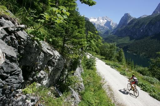 Die Welterbe-Region Hallstatt-Dachstein ist ein Paradies für Biker.