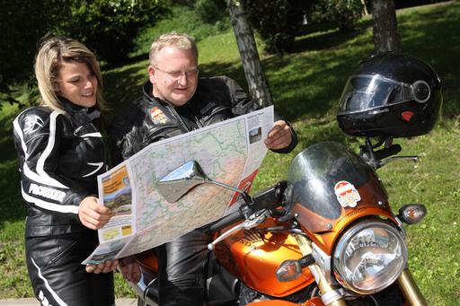 Nach fünf Jahren und einer stetig großen Nachfrage wurde die ADAC Motorrad- und Oldtimertourenkarte Steiermark, Kärnten, Slowenien endlich wieder neu aufgelegt.