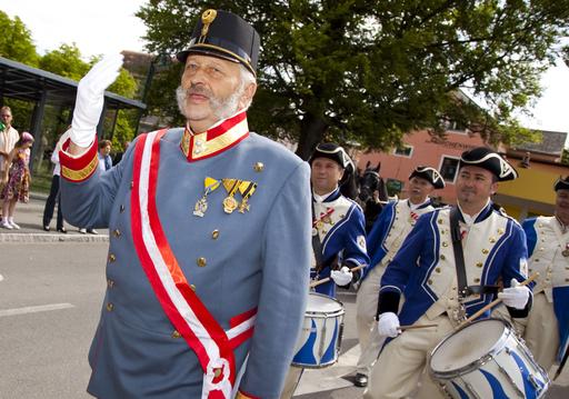 Der Kaiser kommt! - Eine außergewöhnliche Veranstaltung für ein außergewöhnliches Jubiläum. Das Biedermeierfest im Mai gab den Auftakt der Jubiläumsfeierlichkeiten, die nun am 26. September enden.