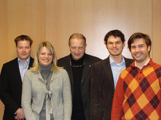 Vorstand der eTourism Foundation (v. l. n. r.): DI Julian Müller, BW (BA) Claudia Schleh, Marcus Waldmeier, Mag. (FH) Alexander Fritsch und Dr. Roman Egger.