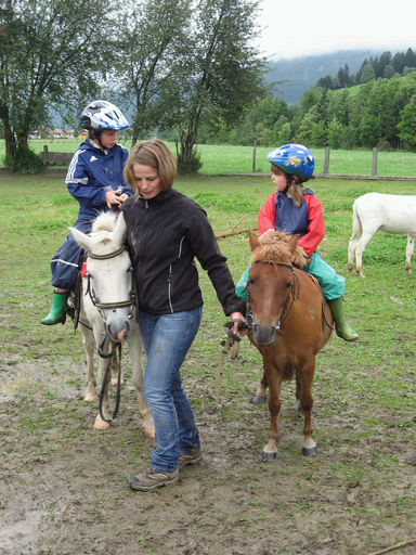 Ponyreiten auf dem Thurnhof