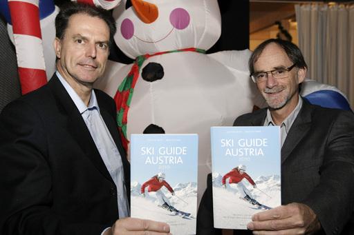 """http://pressefotos.at/m.php?g=1&dir=200910&u=57&a=event&e=20091029_b Präsentation des Ski Guide Austria 2010 in """"Das Biatron"""" (Schneekugel) in Waidring (Pillerseetal) der beiden Autoren Dr. Günter Fritz und Fred Fettner;"""