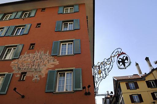 Viel historischen Charme versrpürht das Hotel Adler im lebendigen Niederdorf in der Altstadt von Zürich.