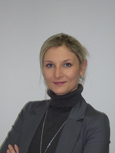 Frau Mag. (FH) Kohlbauer unterstützt das Team von con.os u. a. mit Markt- und Wettbewerbsanalyen, wird innovative Angebote und Marktkonzepte erstellen sowie für Projektentwicklung und -prüfung zuständig sein.