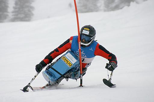 Slalom Querschnittsgelähmte - Österreichische Staatsmeisterschaften der Körper- und Sehbehinderten in Kirchberg und Kitzbühel.