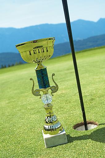 Spielbahn Nummer 10 in Velden-Köstenberg ist das beliebteste Golfloch in Kärnten. Dies hat eine Befragung unter Golfland Kärnten-Gästen im letzten Jahr ergeben.