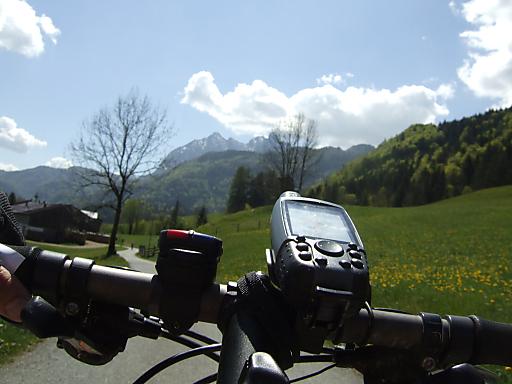 Unterwegs mit dem GPS-Gerät auf den neuen Strecken der Bike Tirol Challenge 2010 um virtuelle Rekorde zu brechen.
