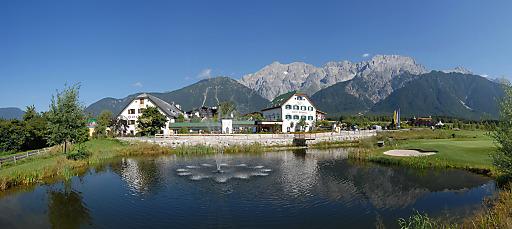 Mitte des Jahres wurde das Alpenresort Schwarz am Mieminger Plateau in Tirol für den europäischen Qualitätspreis nominiert und bereits beim ersten Versuch in den begehrten Kreis der Finalisten aufgenommen.