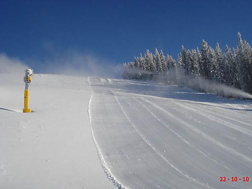 Die Planai startet morgen, Samstag, den 23.10. in den Winter. Foto aufgenommen am 21.10.2010.