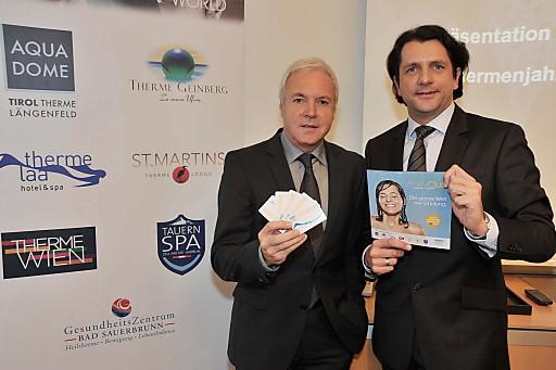 http://pressefotos.at/m.php?g=1&u=38&dir=201011&e=20101109_v&a=event Präsentation der VAMED Vitality Clubcard - sowie Rück- und Ausblick zum Thermenjahr 2010 - im Bild v.l.n.r.: KommR Gerhard Gucher (Direktor Marketing und PR VAMED Vitality World), Mag. Ludwig Bichler, (Leiter Konzernkommunikation und Öffentlichkeitsarbeit VAMED AG)