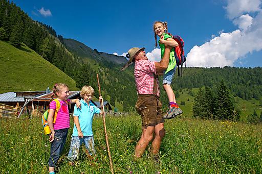 Wandern - so macht es auch den Kids Spaß!
