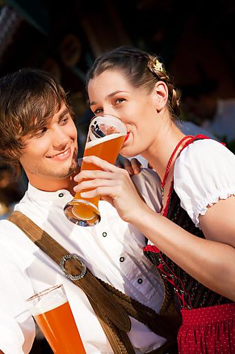 Tiroler Trachtenpärchen
