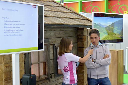 Tirol präsentiert die neuen Rad- und Bike-Angebote vom 21.-24.7.2011 auf der Bike Expo 2011 in München. Gelungener Start beim Tirol Pressefrühstück mit Radprofi Thomas Rohregger.