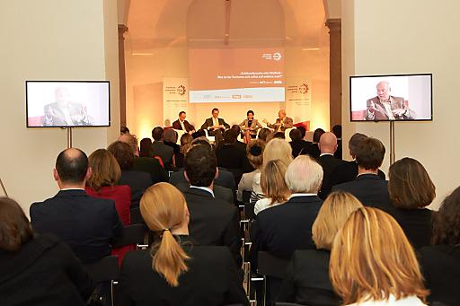 Tourismus: Schlüsselbranche oder Stiefkind? Die Tourismus Community Austria (TCA) diskutierte Mittwochabend den Stellenwert der Branche.