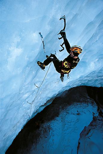 Schnupper Eisklettern und Eiskletter-Ausrüstungstest auf Tirols höchstem Gletscherfest