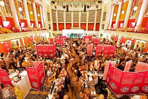 Rund 4000 Gäste kommen zum größten heimischen FineWine Event des Jahres, zur MondoVino von WEIN & CO.