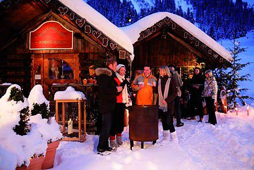Das Pitztaler Bergdorf Plangeroß im Advent - idyllisch gelegen und vorweihnachtlich romantisch