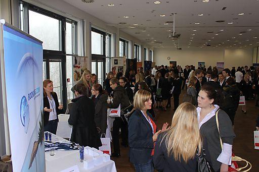 Zahlreiche Interessenten folgten zur Karrieremesse an die MODUL University Vienna am 17. November auf den Wiener Kahlenberg.