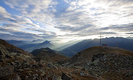 """Inmitten der Pitztaler Bergwelt - so lassen sich """"Die kraftvollen Pitztaler Alpen in ihrer Vielfalt aktiv genießen"""""""