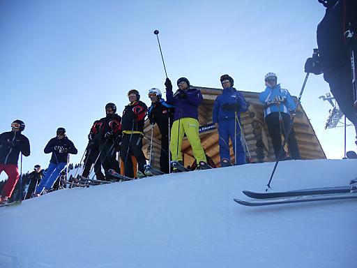 Die con.os. Winter-Fach-Exkursion 2012 führte 30 Berg- & Wintertouristiker aus ganz Österreich hinter die Kulissen der Schweizer Elite-Winterdestinationen und Weltcuporte wie Adelboden oder Wengen.
