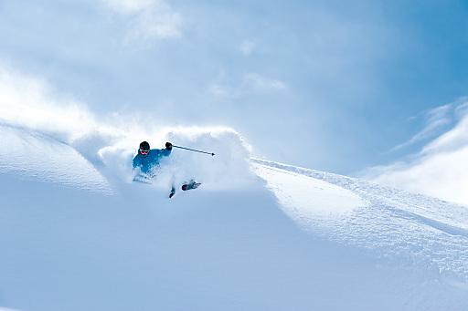 Den Brettern freien Lauf lassen, auf 3000 Metern Höhe. In Obergurgl gibt es bis Ende April eine 100 Prozent sichere Schneelage.