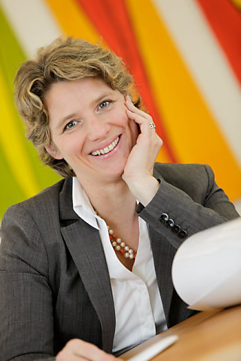 Christina Neumeister-Böck, n.b.s hotels & locations, als Veranstalterin für den ReiseSalon - Die neue Reisemesse im Herbst 2012 für und von Touristiker(n).