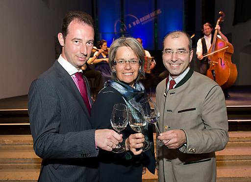 """Qualitäts-Niveau und Genuss- & Kulinarik-Kompetenz der 45 Betriebe der Angebotskooperation """"Best of Wachau"""" werden im Rahmen der offiziellen Plattform gleichsam nun ins """"Schaufenster"""" gestellt und die regionale Weinkultur, Gerichte und Produkte noch ansprechender präsentiert und zelebriert."""