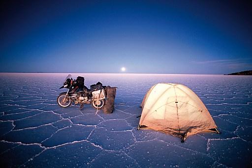 """Michael Martin: """"30 Jahre Abenteuer"""".Übernachtung bei -20Grad auf dem Salar de Uyuni in Bolivien."""