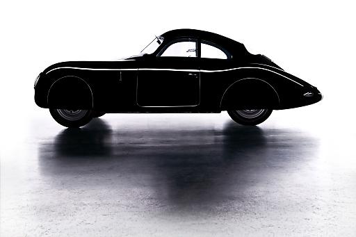Die Porsche-Ausstellung Mython_Design_Innovation startet am 22.6. (bis 18.11.) und wird im Sommer zur weiteren Beschleunigung im Linzer Tourismus beitragen. www.porsche-ausstellung.at