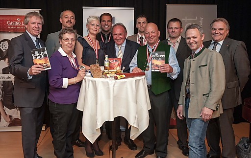 http://www.apa-fotoservice.at/galerie/2981/ v.l.n.r.: Mag. Willy Lehmann (Hrsg. Genuss Guide), Christa Helmlinger (Fleischwaren Zelliner), Ernst Eibensteiner (Cafe-Konditorei), Isabella Brunner (Eurospar Prauchner (NÖ)), Florian Hütthaler (Hütthaler), Fritz Stiefsohn (Hrsg. Genuss Guide), Roland Mayer (Conditorei Mayer), Erich Diechtl (Fleischerei Diechtl (ST)), Stefan Lettner (Fleischhauerei Lettner), Georg Essig - (Essig's), Dir. Josef Kneifl (Casino Linz)