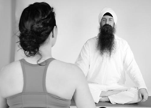 "Yogawochenende im 5-Sterne-Hotel ""Das Central"" mit Arogya Ragshak Rai"
