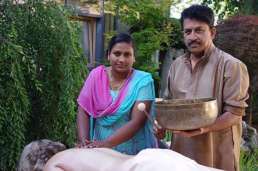 Gäste müssen nicht weit reisen, um authentische Ayurveda im Hotel Thermenhof Paierl****Superior genießen zu können.