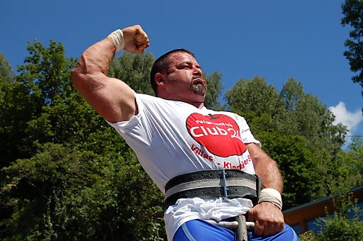 Beim Goiserer GAMS GIANT kann sich jedermann mit den stärksten Männern messen.