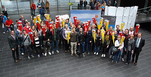 Privatuniversität UMIT: Mit einer Schultüte ins Haller Studentenleben.