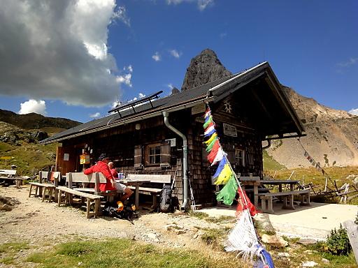 Die Filmoor-Standschützenhütte am Karnischen Hauptkamm bei Sillian ist eine von sieben OeAV-Hütten, die 2012 mit dem Umweltgütesiegel ausgezeichnet wurden.