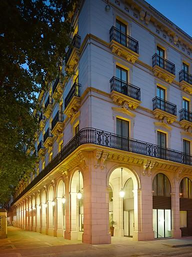 Fassade des neuen K+K Hotel Picasso in Barcelona
