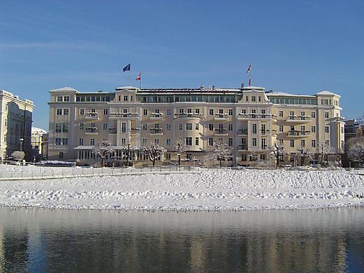 """Mit dem """"Weihnachtsarrangement"""" erleben BesucherInnen im Hotel Sacher Salzburg wundervolle Weihnachtstage."""
