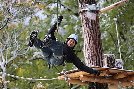 Auch im Winter muss auf das Klettervergnügen im Waldseilpark-Kahlenberg nicht verzichtet werden. Öffnungszeiten im November und Dezember: Freitag bis Sonntag 10:00 Uhr bis 17:00 Uhr