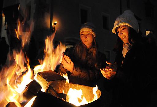 Fern ab von vorweihnachtlichem Trubel feiert man am Rattenberger Advent Weihnachten wie damals.