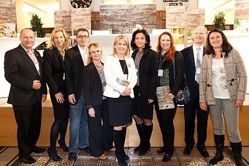 http://www.apa-fotoservice.at/galerie/3640 Im Bild v.l.n.r.: Mag. Hartwig Kirner (FAIRTRADE Geschäftsführer Österreich), Petra Schimek (Geschäftsführerin Magazin Gesünder Leben), Mag. Martin Weishäupl (brainbows Geschäftsführer), Jennifer Petrzelka (Jobtransfair Personalberaterin), Mag. Ursula Simacek (Geschäftsführerin SIM & MORE), HR Mag. Judith Kovacic (ehemalige Direktorin Schulschiff), Dr. Sabine Hartmann (Vier Pfoten Nutztierexpertin), Mag. Werner Rodax (BAWAG P.S.K.), Monika Langthaler (Geschäftsführende Gesellschafterin brainbows und Moderatorin für den Talk)