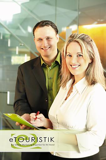 Mag. Sabine und Michael Egger von eTouristik