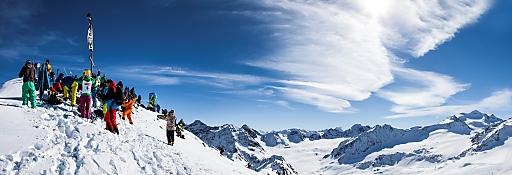 Die Starter des 4. Pitztal Wild Face vor traumhafter Kulisse am Pitztaler Gletscher