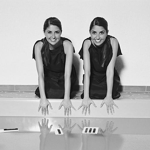 Mit den Önder-Twins gelang es WEIN & CO, wahre Weltstars in ihre Eventräumlichkeiten zu locken.