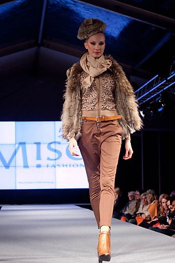 Fashion bringt am 19. April geradliniges Design von skandinavischen ProduzentInnen auf den Laufsteg.